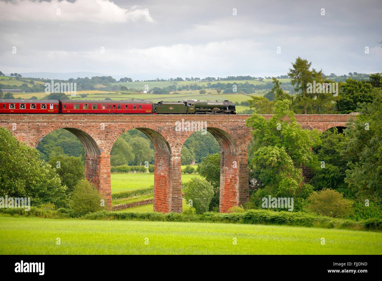 Settle to Carlisle Railway Line. Steam train LMS Royal Scot Class 46115 Scots Guardsman 'The Fellsman', - Stock Image