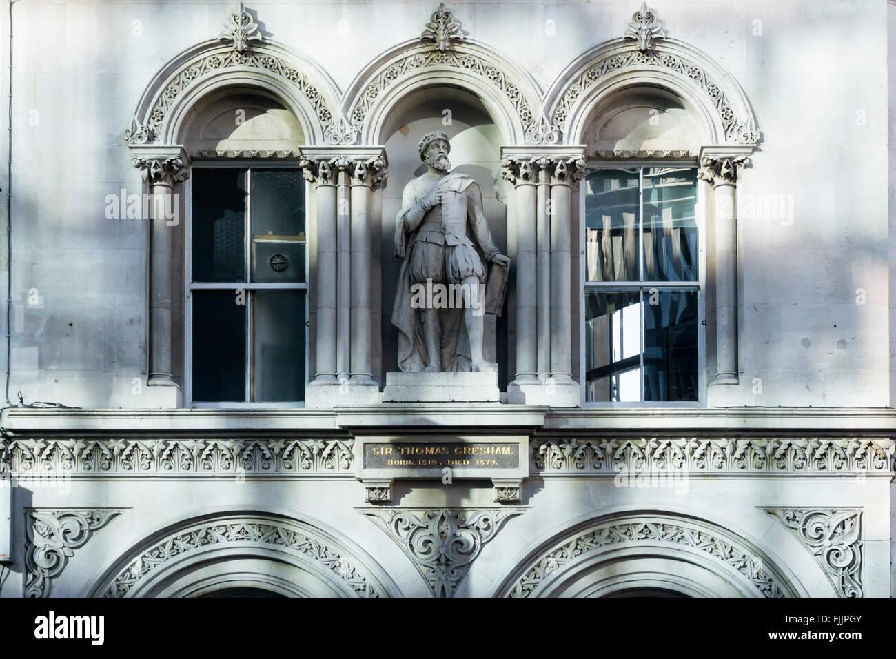 Statue of Sir Thomas Gresham on building at Holborn Viaduct, London. Stock Photo