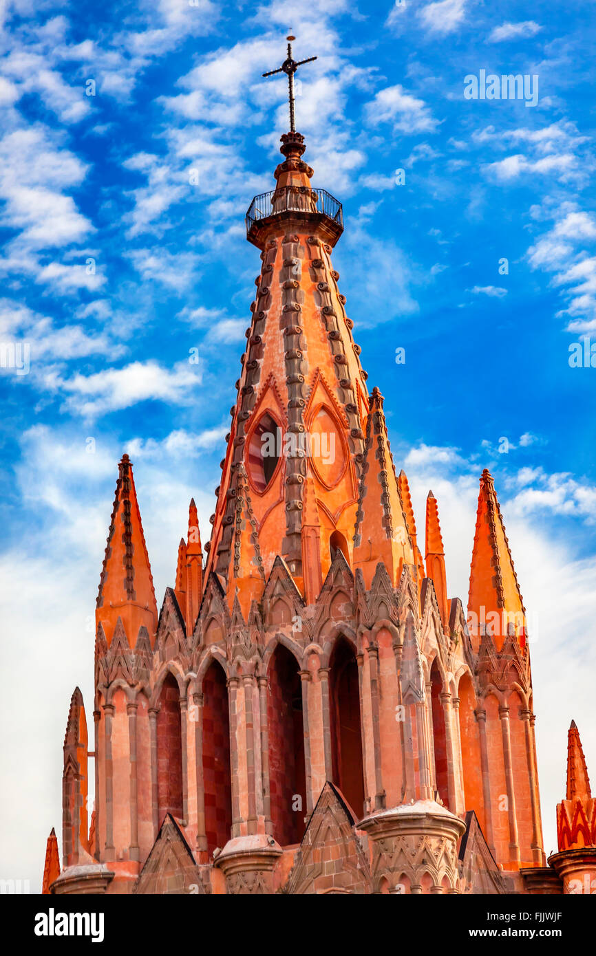 Parroquia Archangel church Steeple Cross San Miguel de Allende, Mexico. Parroquia created in 1600s. Stock Photo
