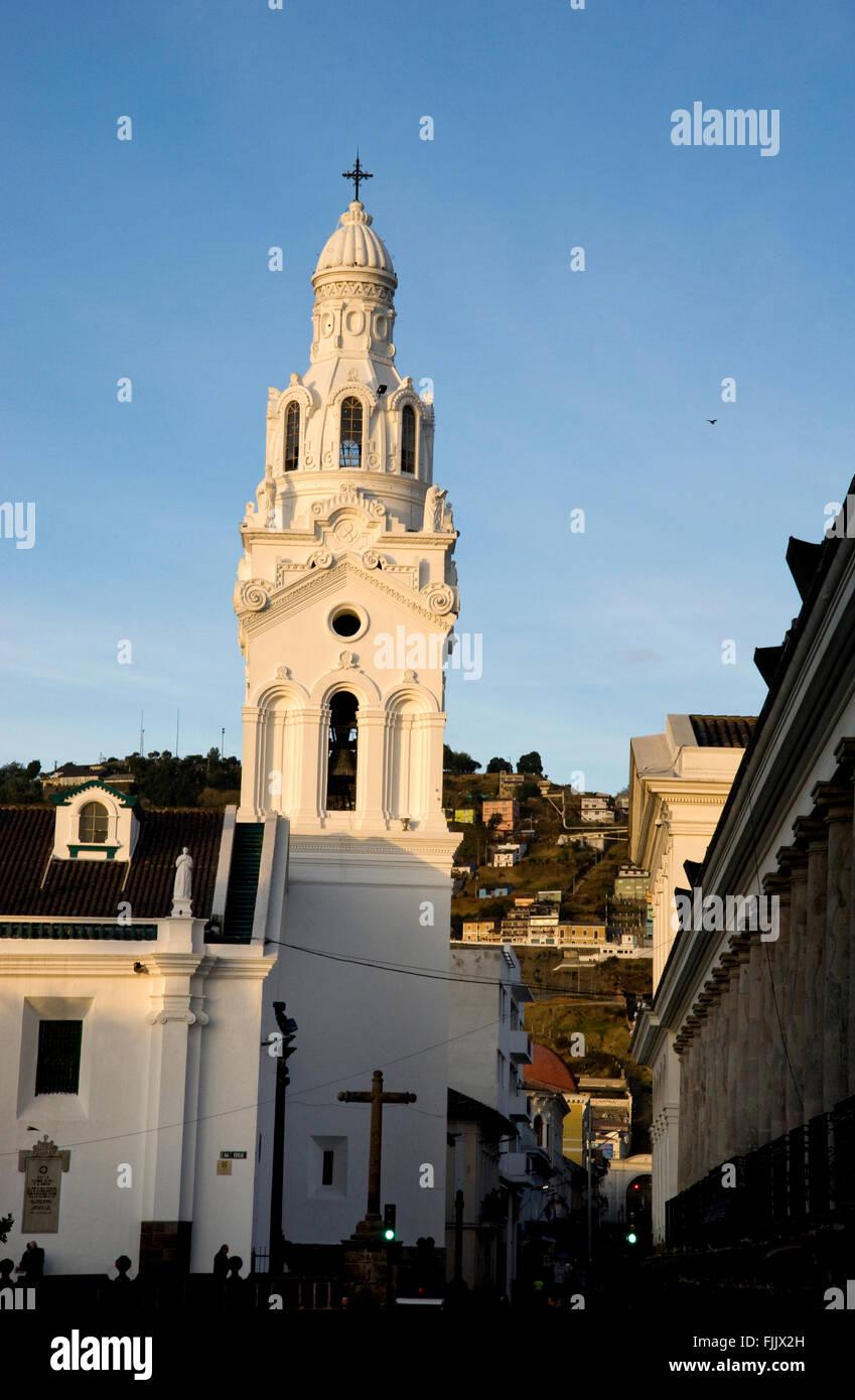 Historic architecture in the civic center of Quito, Ecuador - Stock Image