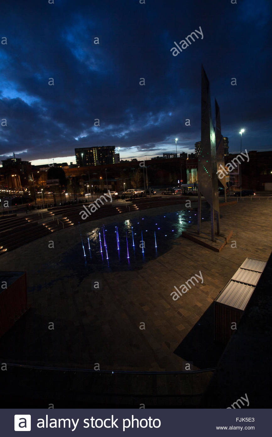 Greengate Public Realm, dancing fountain, Modern sculpture beside canal near the Cathedral, sunset, Manchester, - Stock Image