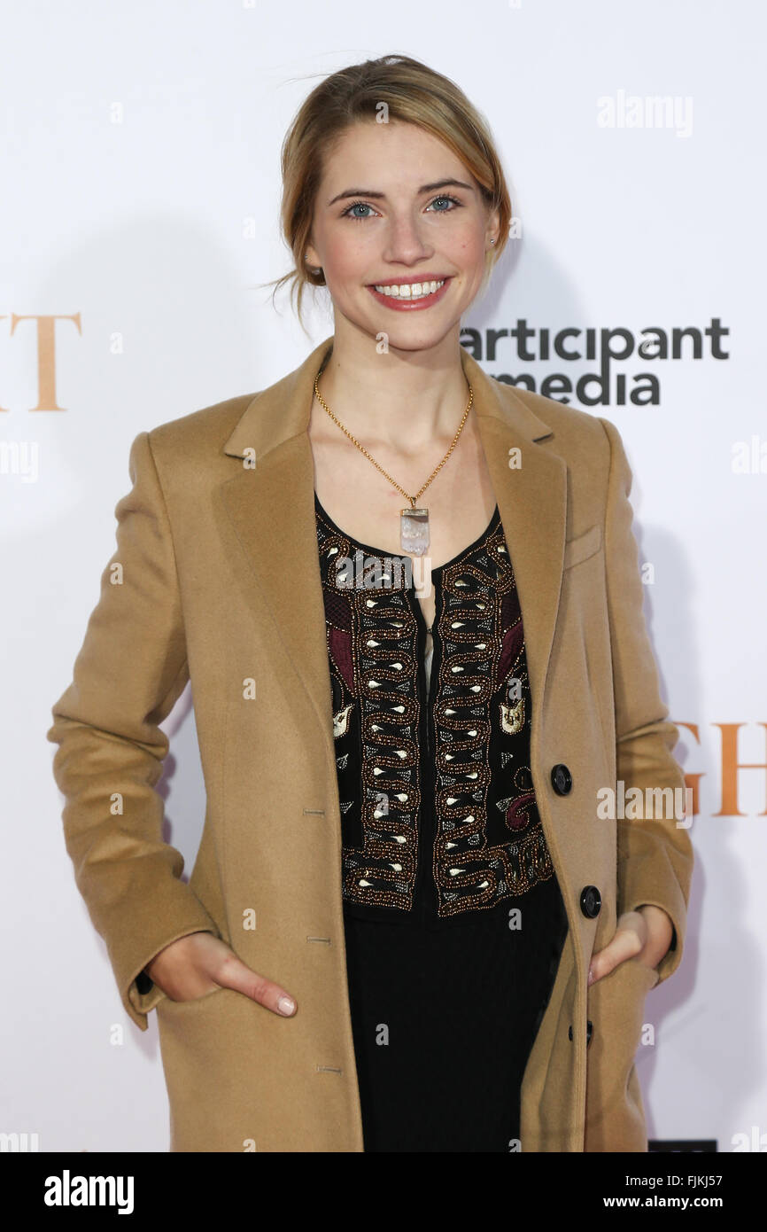 Wallis Currie-Wood attends the 'Spotlight' New York premiere at Ziegfeld Theatre on October 27, 2015 in - Stock Image