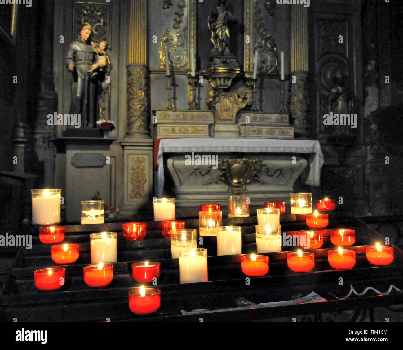 lit prayer candles in a catholic church - Stock Image & Lit Prayer Candles Stock Photos u0026 Lit Prayer Candles Stock Images ...