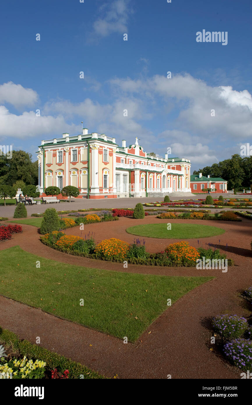 geography / travel, Estonia, Tallinn, castles, Kadriorg Palace, exterior view, castle park, Additional-Rights-Clearance - Stock Image