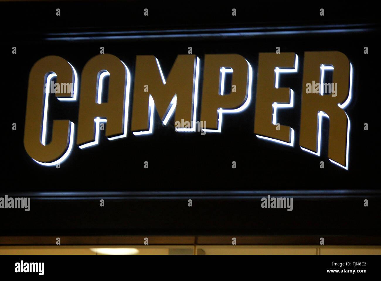 Markenname: 'Camper', Berlin. - Stock Image