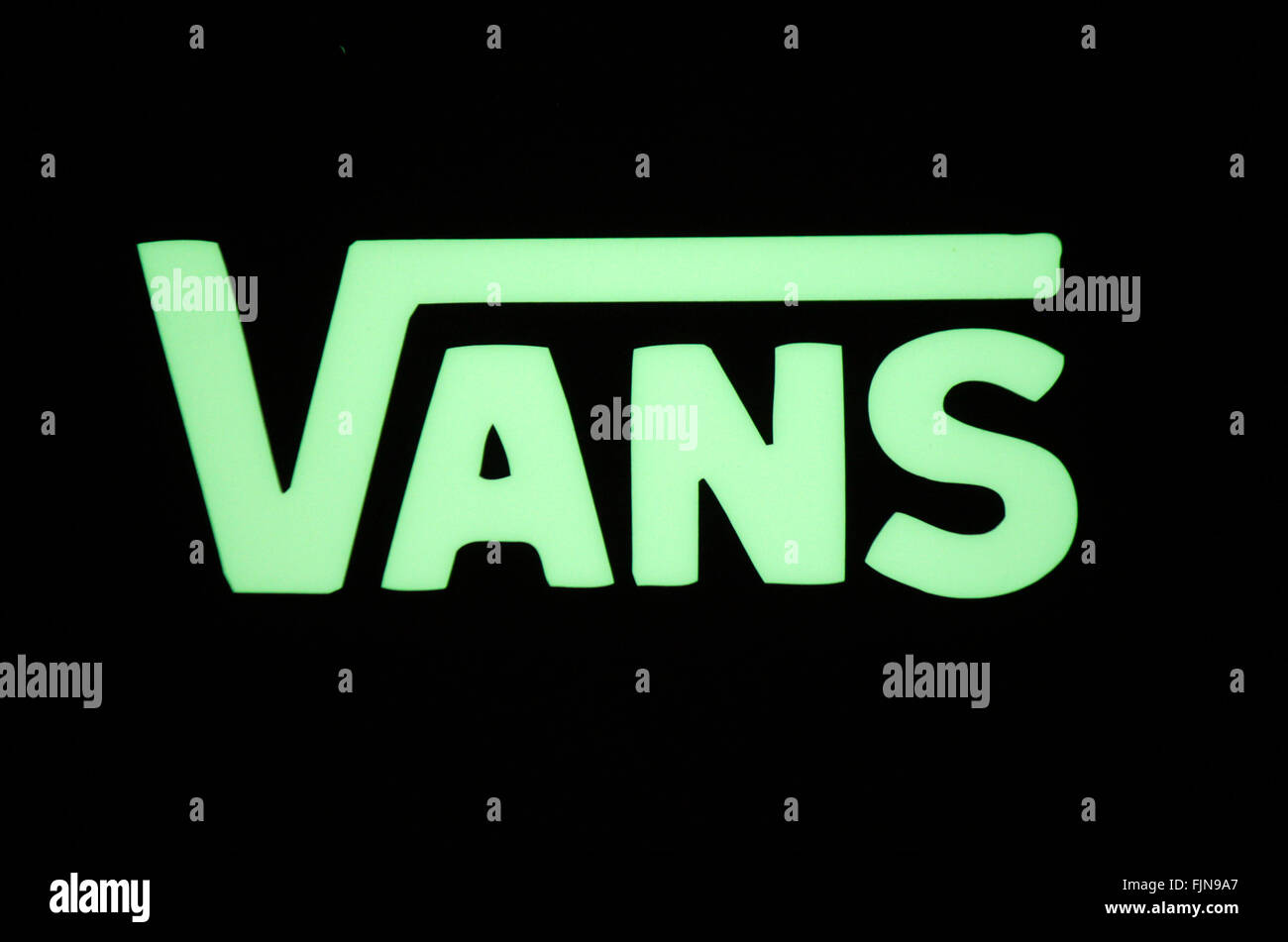 Markenname: 'Vans', Berlin. - Stock Image