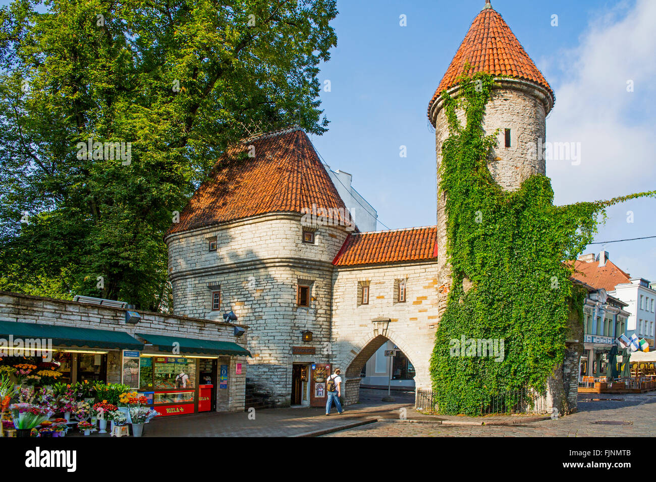 geography / travel, Estonia, Tallinn, old city gate, Viru Gate, entrance to the Lower city, Additional-Rights-Clearance - Stock Image