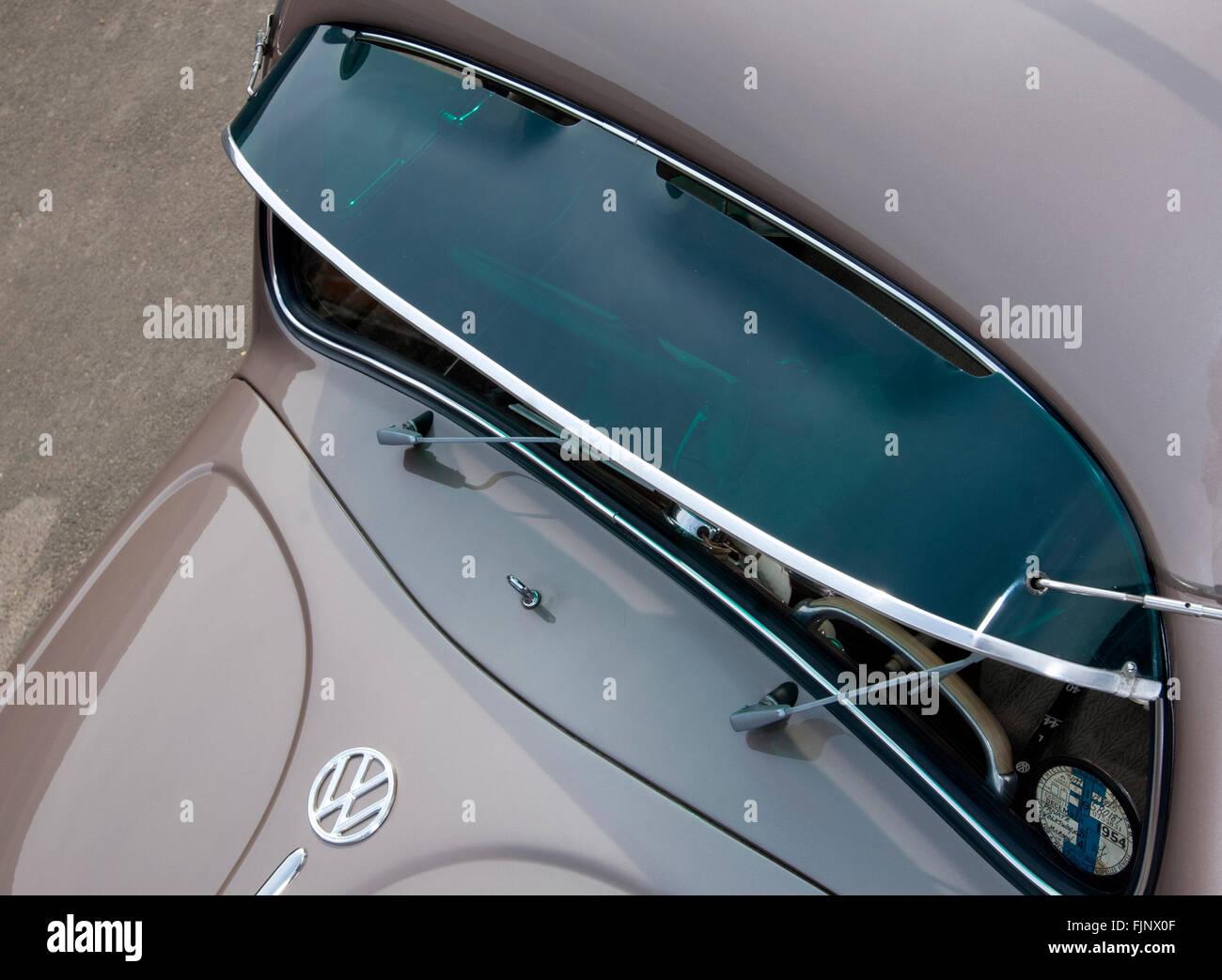 Sun Visor Car Stock Photos   Sun Visor Car Stock Images - Alamy 1faf7c29809