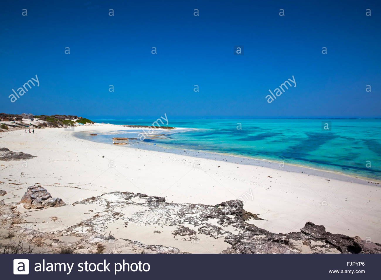 Beach with turquoise water, West Coast, Madagascar - Stock Image