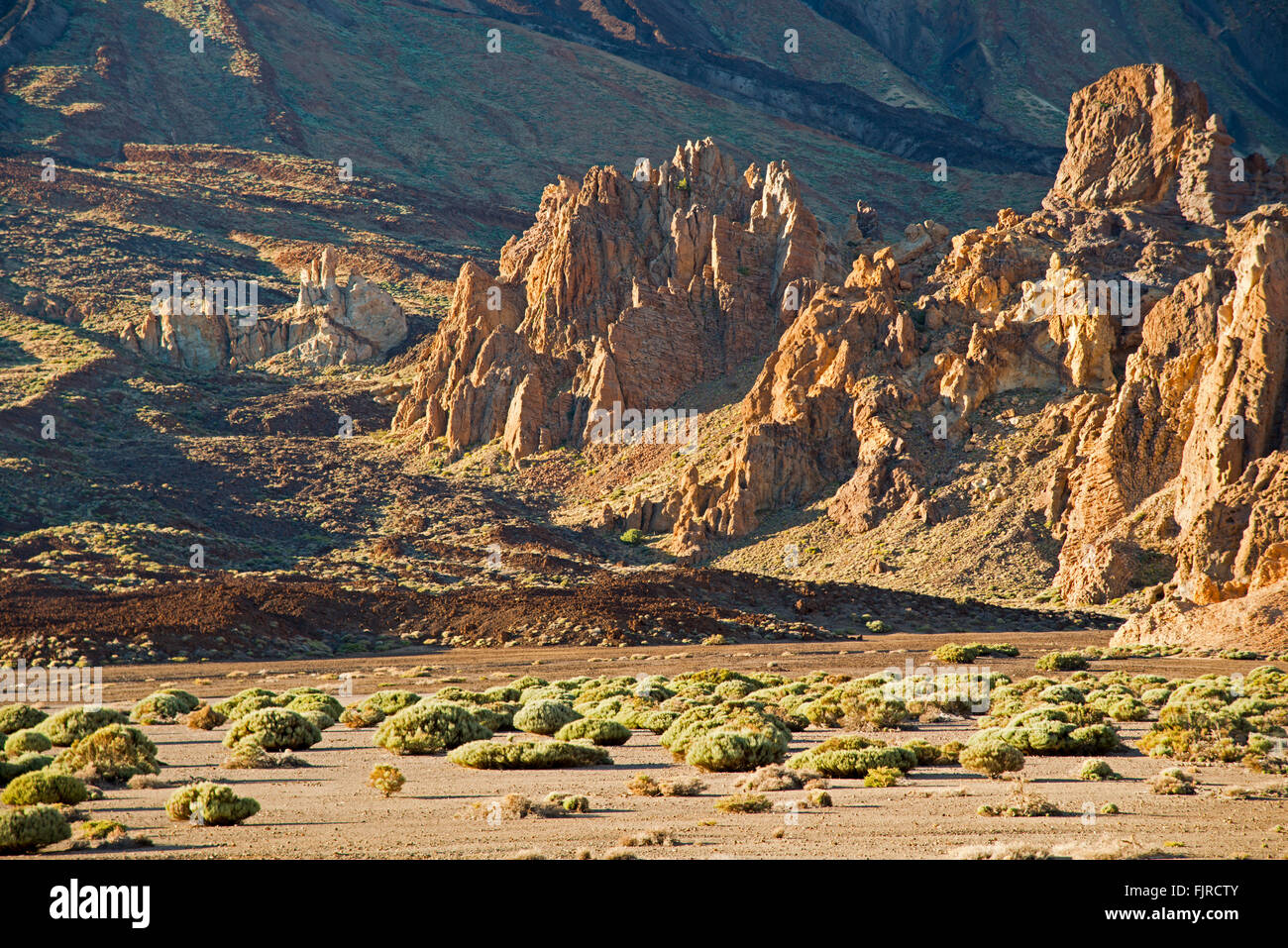 geography / travel, Spain, Tenerife, landscapes, Llano de Ucanca with Roques de Garcia, Additional-Rights-Clearance - Stock Image