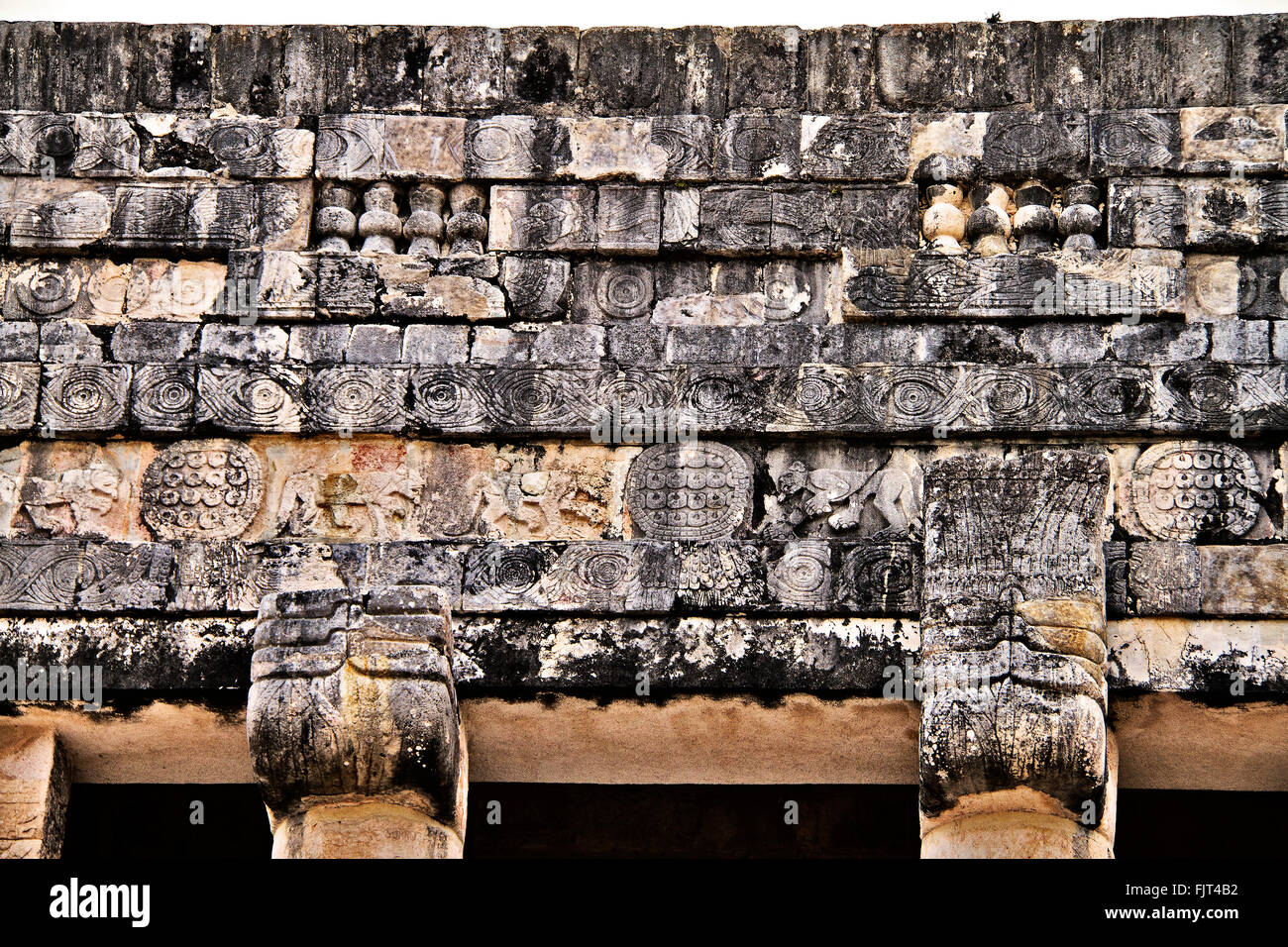 Top Of Temple Of Jaguars Chichen Itza Mexico - Stock Image