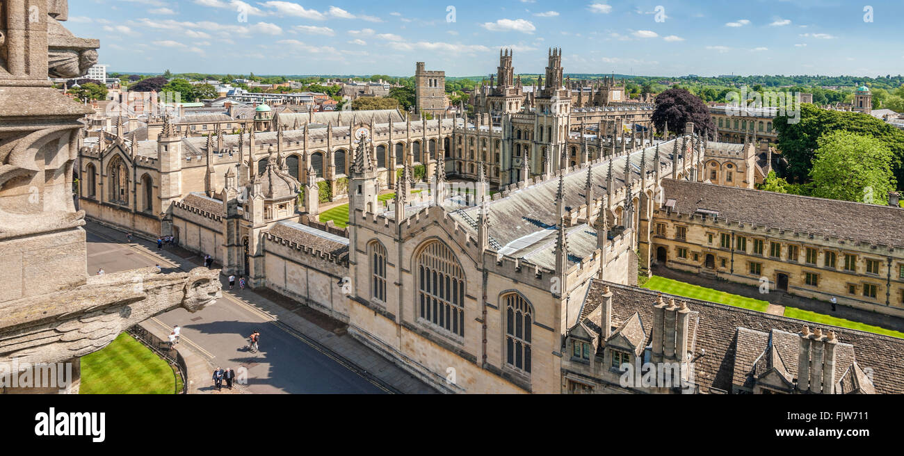 Medieval Skyline of the university city Oxford England. | Aussicht ueber die Altstadt von Oxford, England - Stock Image