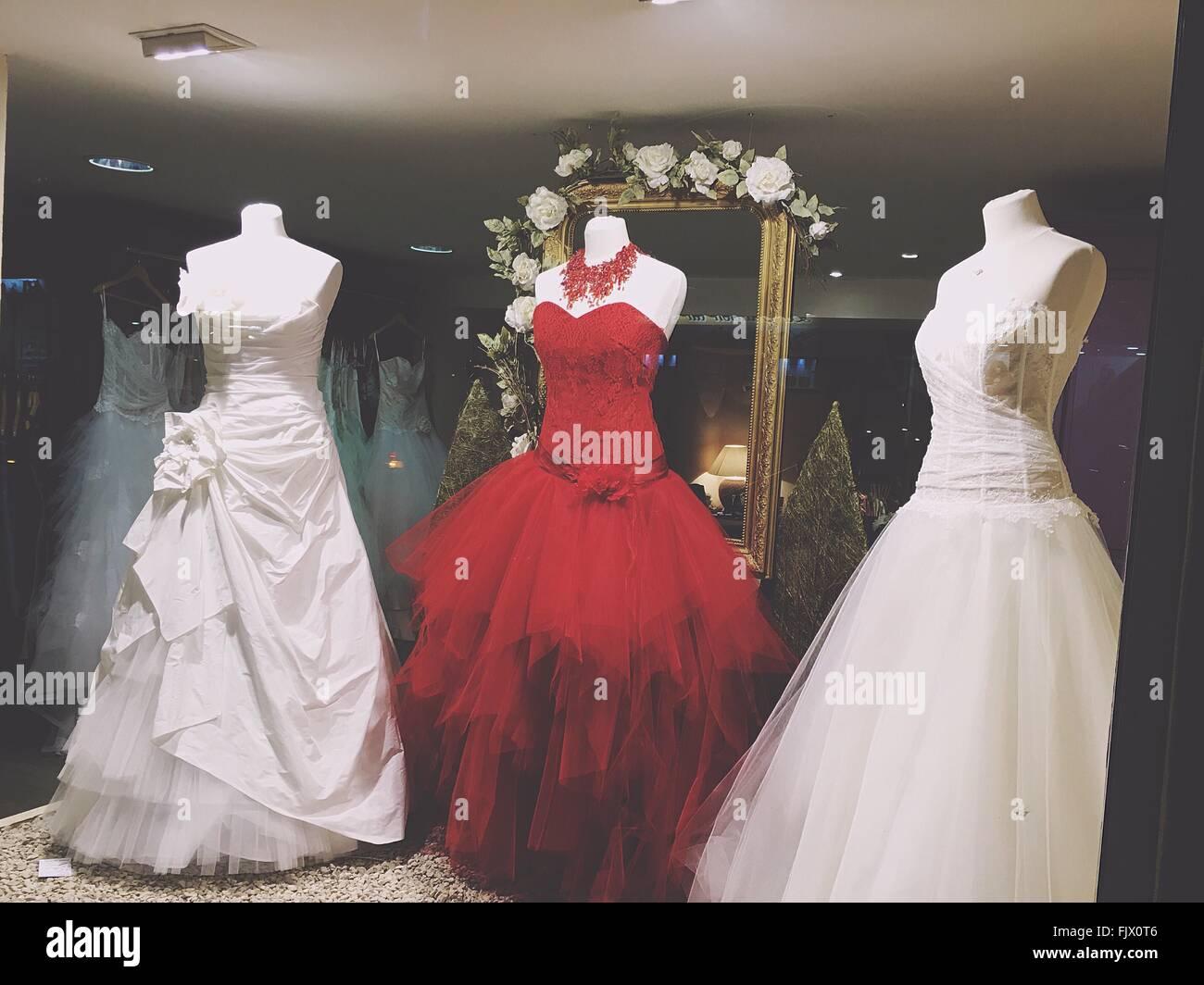 Wedding Dresses Shop Display Stock Photos & Wedding Dresses Shop ...