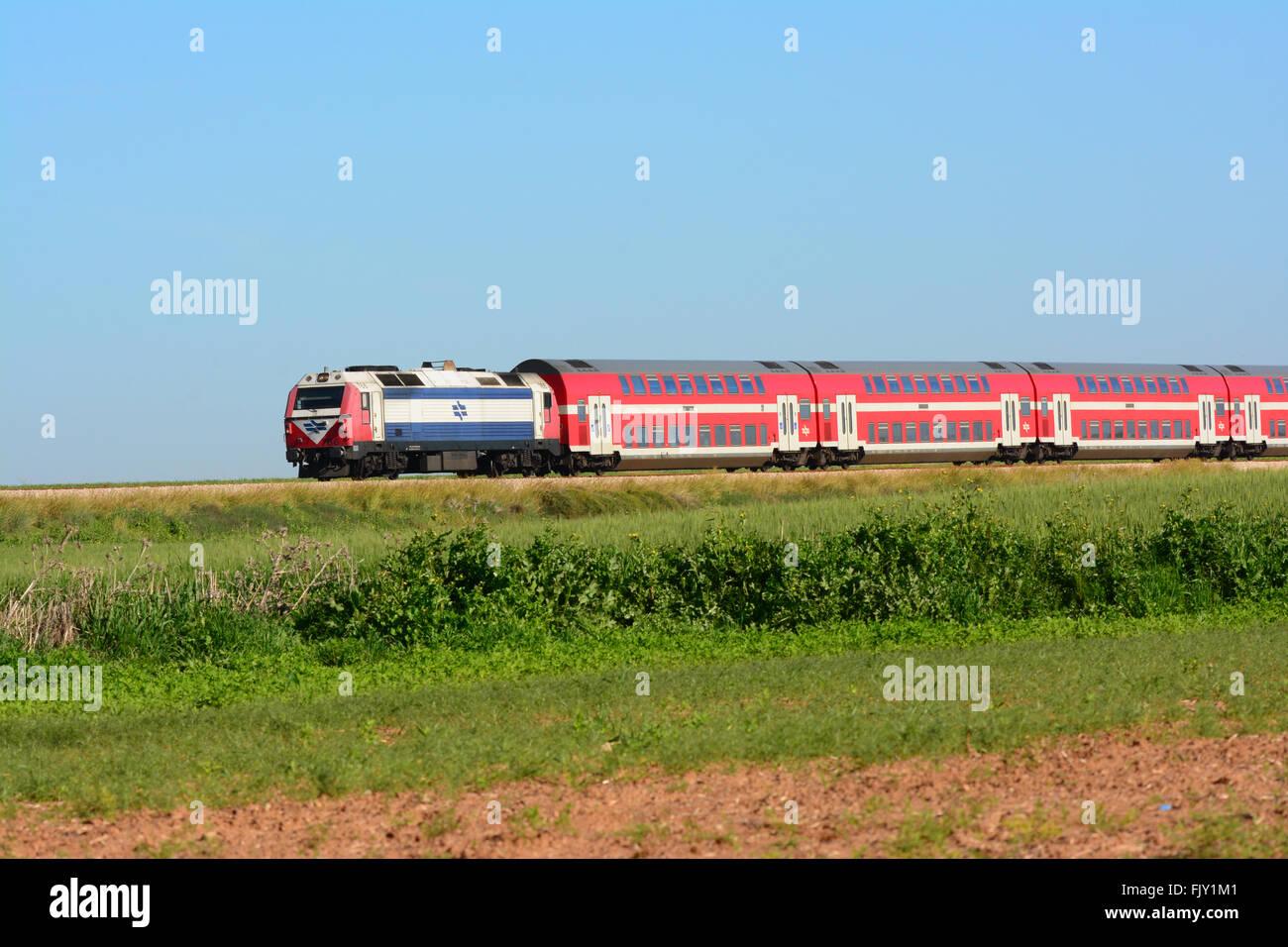 Israel train on tracks - Stock Image
