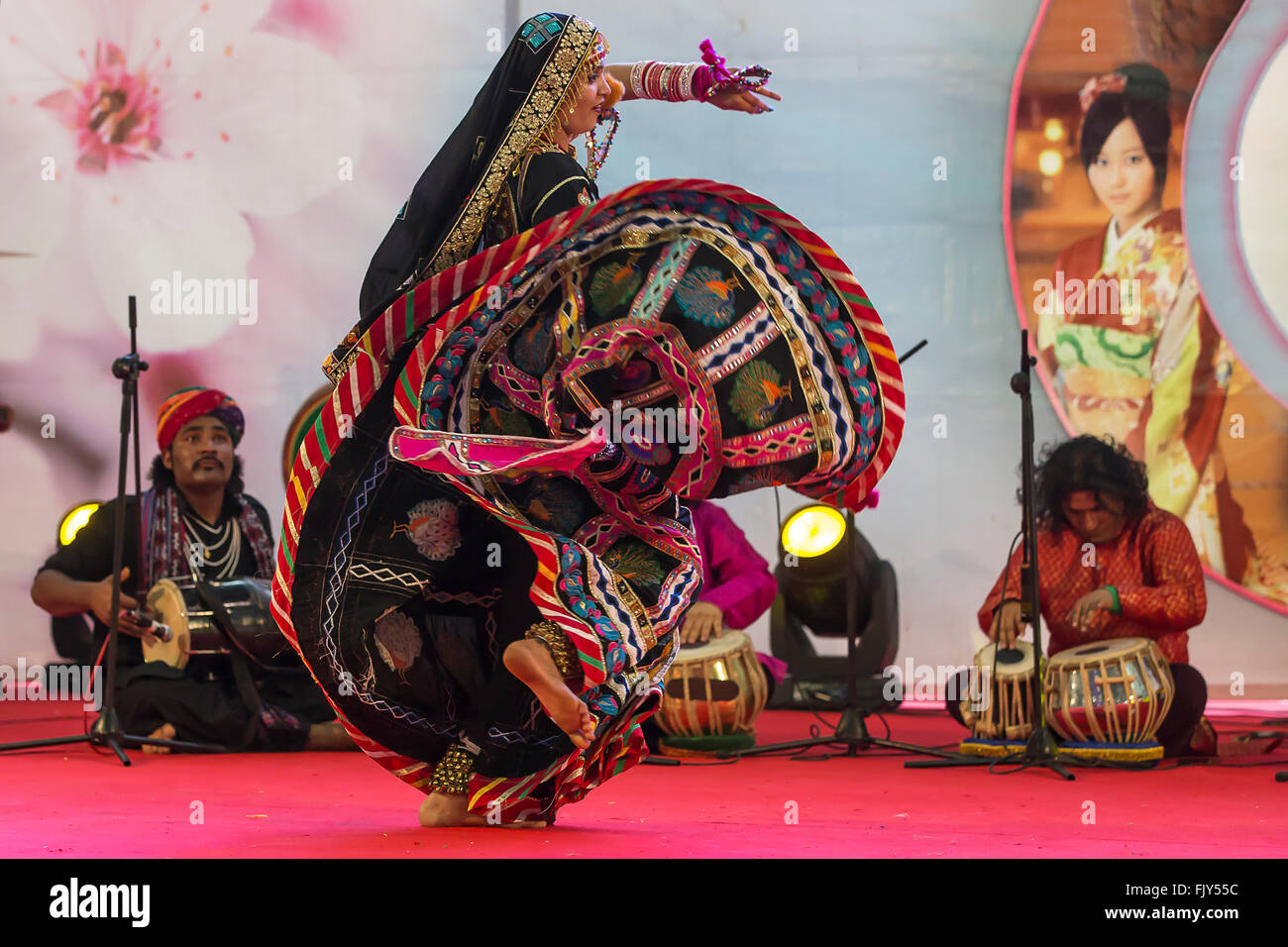 Indian folk dance,gipsies from Rajasthan at Oriental festival in Turin - Stock Image