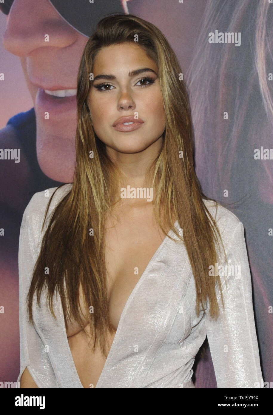 Young Kara Del Toro nudes (85 photo), Pussy, Cleavage, Twitter, braless 2015