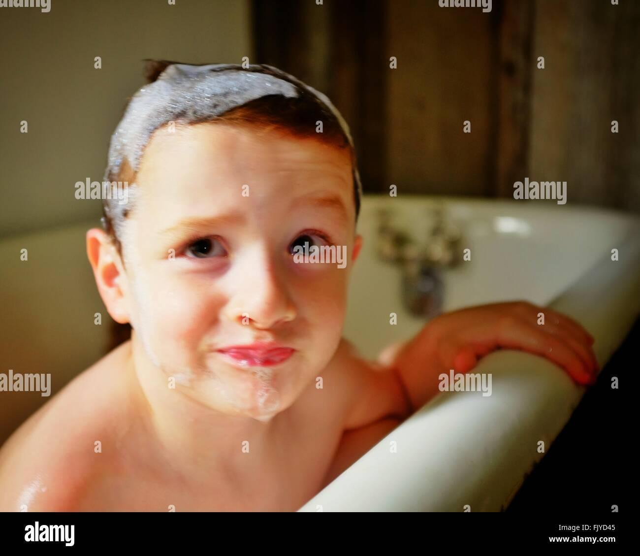 Bubble Bath Stock Photos & Bubble Bath Stock Images - Alamy