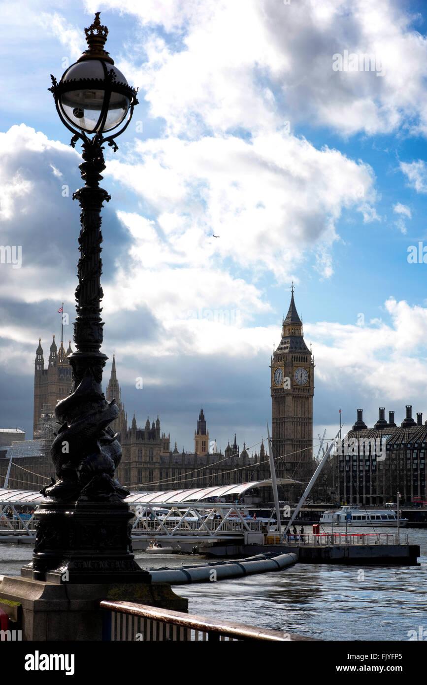 Big Ben Houses of Parlament embankment London England - Stock Image