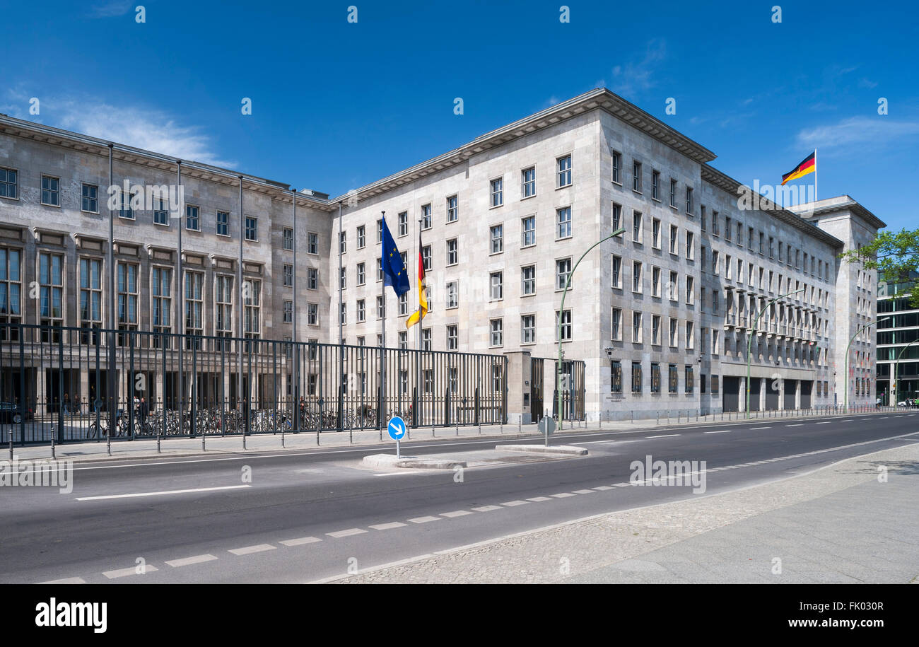 Federal Ministry of Finance, opened in 1936 as the Reich Aviation Ministry, architect Ernst Sagebiel, Nazi regime's - Stock Image