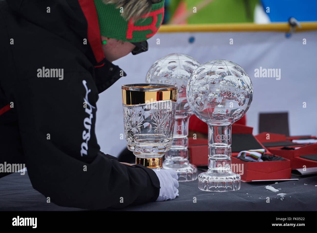 Arosa, Switzerland. 4th March, 2016. Staff is preparing the FIS Crystal globes for the World Cup winners at the - Stock Image