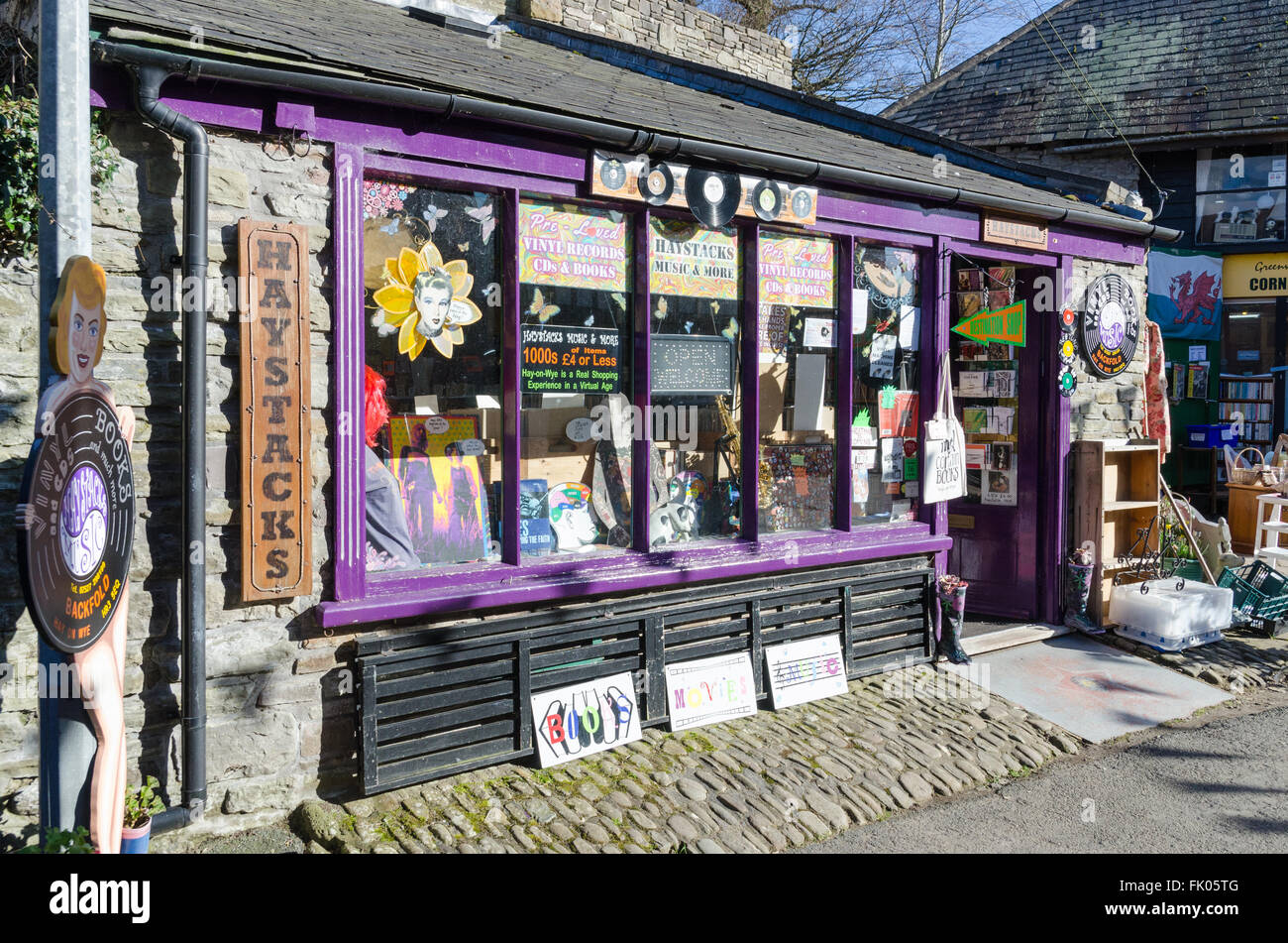 Haystacks second hand vinyl record shop in Hay-on-Wye Stock Photo