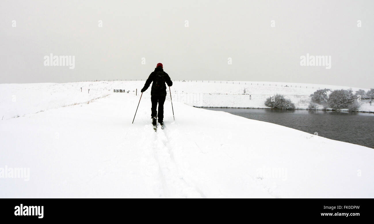 Derbyshire, UK. 04th Mar, 2016. The snow storms in Derbyshire today meant that adventure photographer Doug Blane - Stock Image