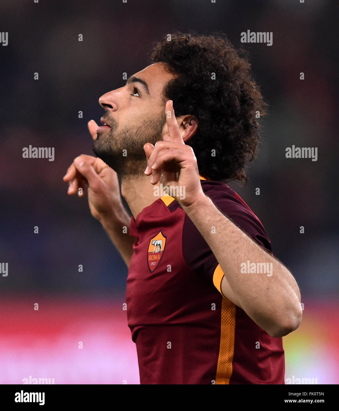 Rome, Italy. 4th Mar, 2016. Roma's Mohamed Salah celebrates after scoring during the Italian Serie A football match Stock Photo