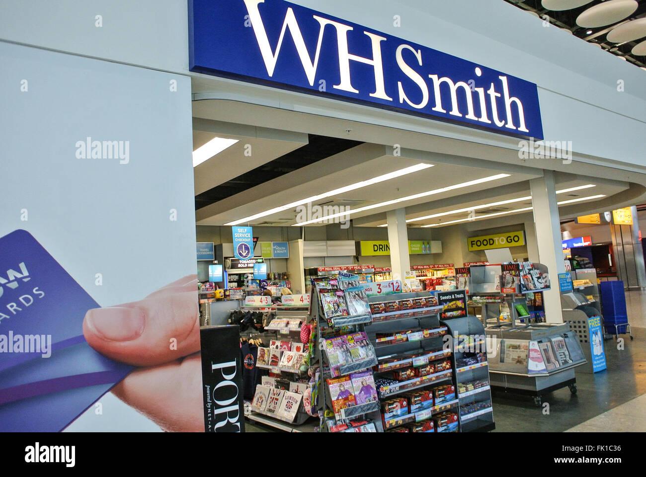 WH Smith store Heathrow London - Stock Image