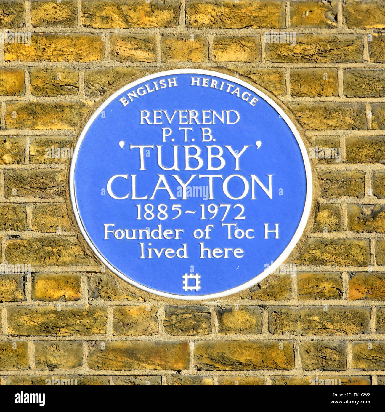 Blue Plaque English Heritage recording residence of Reverend P T B 'Tubby' Clayton founder Toc H & Vicar - Stock Image
