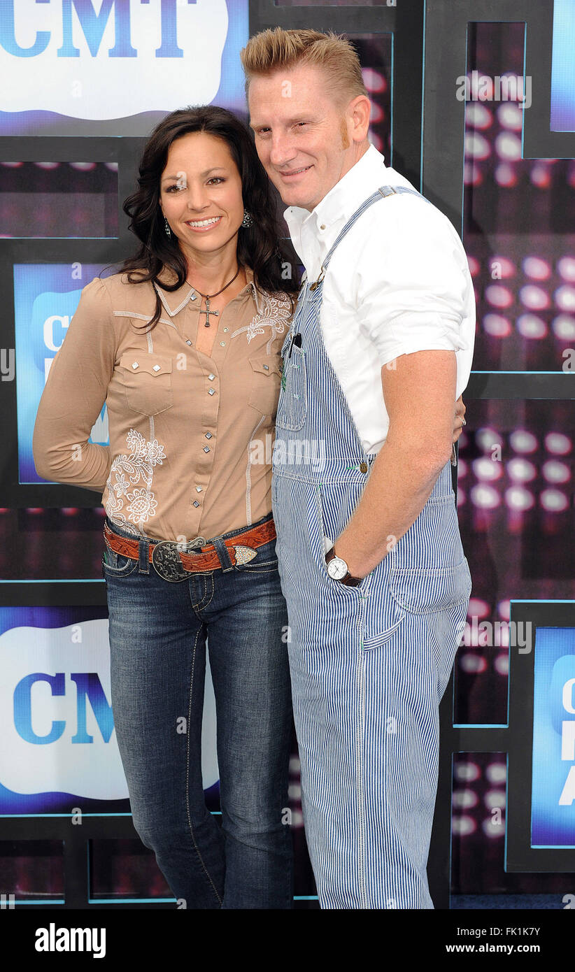March 4, 2015 - File - JOEY MARTIN FEEK, one half of the country duo Joey + Rory, died Friday after a battle with - Stock Image