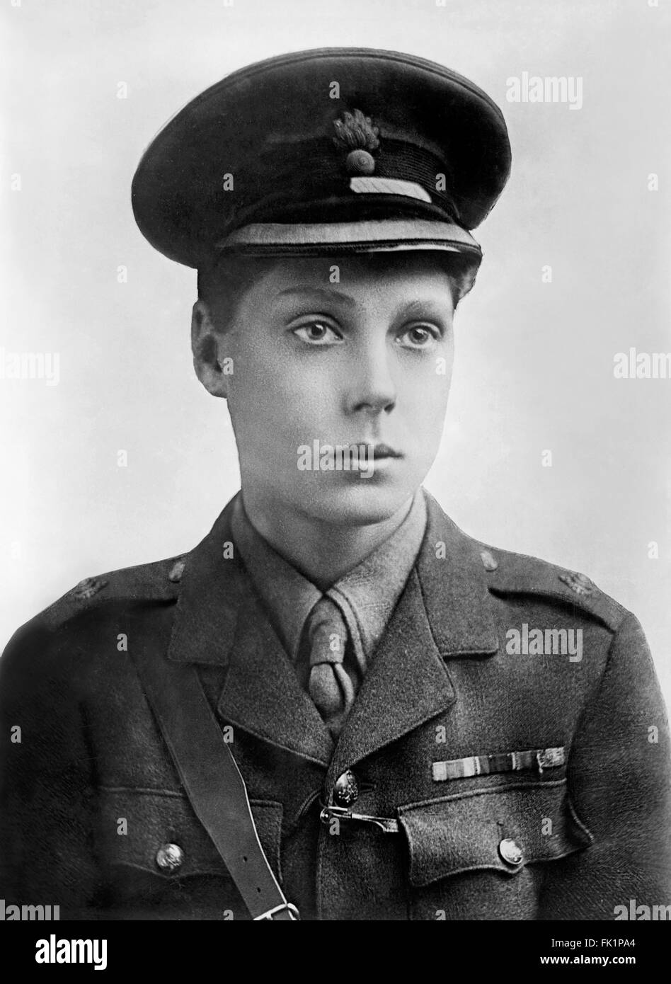Edward VIII. Portrait of The Prince of Wales, future King Edward VIII and Duke of Windsor, as a 2nd Lieutenant in Stock Photo