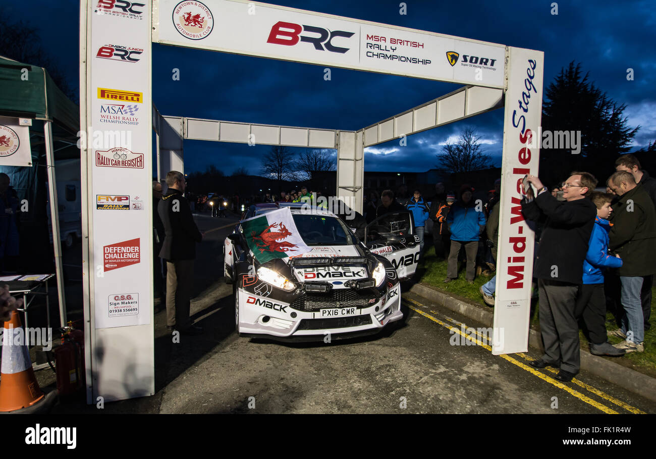 Newtown Powys, Wales, UK. 5th March, 2016. Elfyn Evans MSA Mid Wales rally stages start Newtown Powys 5-3-16 Credit: Stock Photo