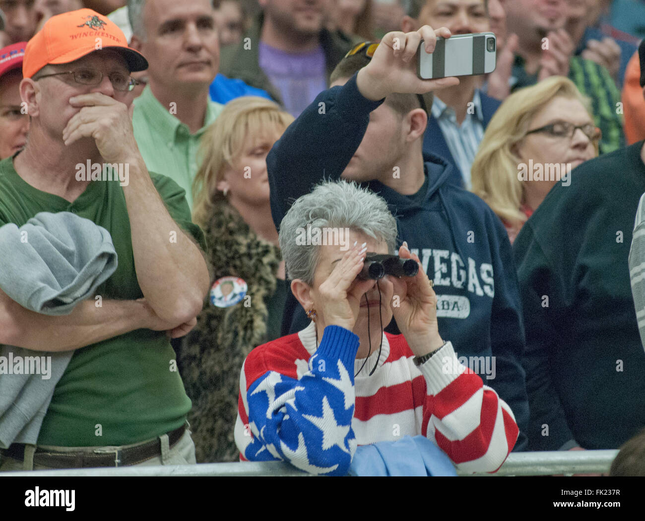 Wichita, Kansas, USA, 5th March, 2016 Trump supporter getting a close up look at the Kansas State Republican caucus - Stock Image