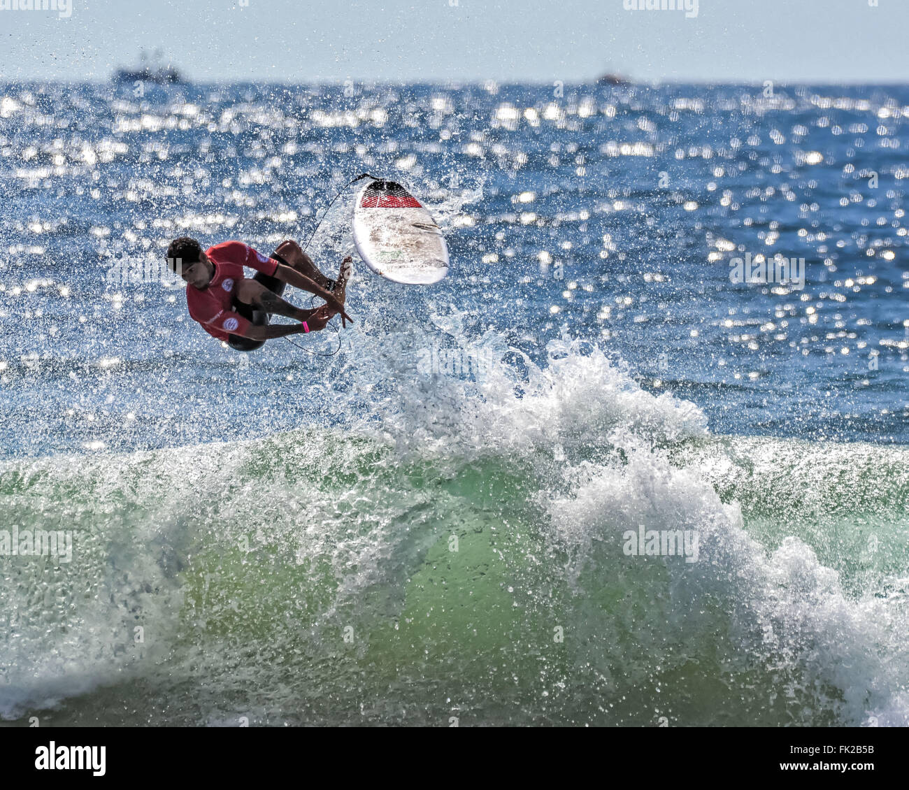 Sydney, Australia. 06th Mar, 2016. Professional surfer Heitor Alves (BRA) rides a wave during the quarter finals - Stock Image