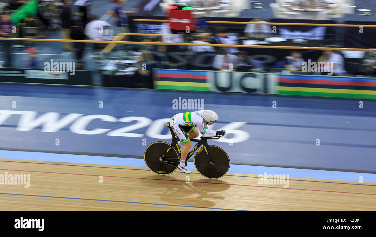 London, UK, 5 March 2016. UCI 2016 Track Cycling World Championships. Australia's Annette Edmondson competes - Stock Image