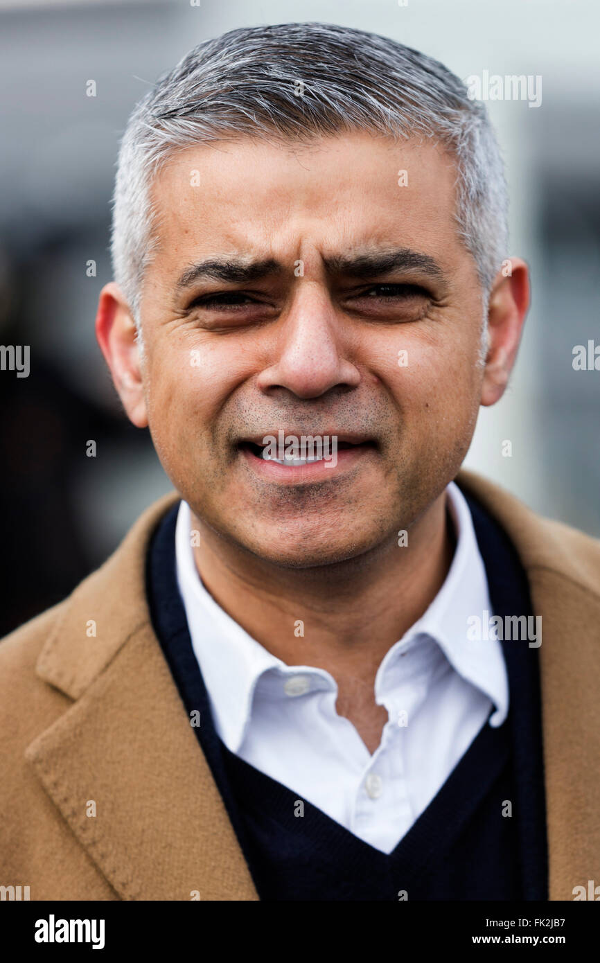 London, UK. 6 March 2016. Sadiq Khan, Labour candidate for Mayor of London.  Suffragettes, celebrities and politicians - Stock Image