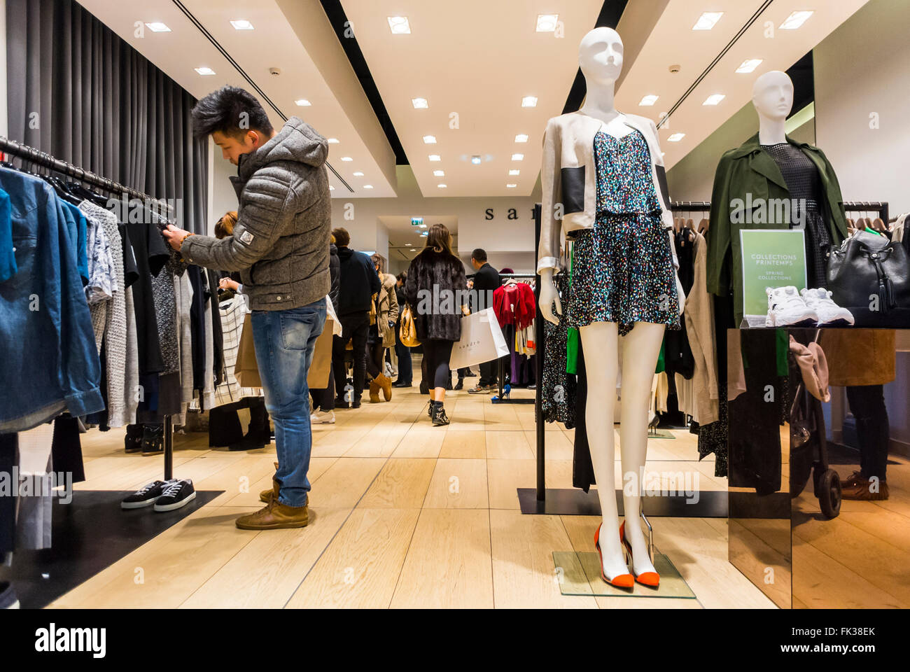 Inexpensive clothing stores in paris