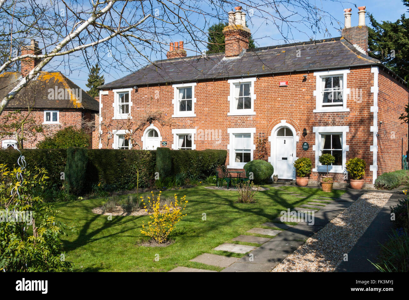 Semi Detached House Driveway High Resolution Stock Photography And Images Alamy