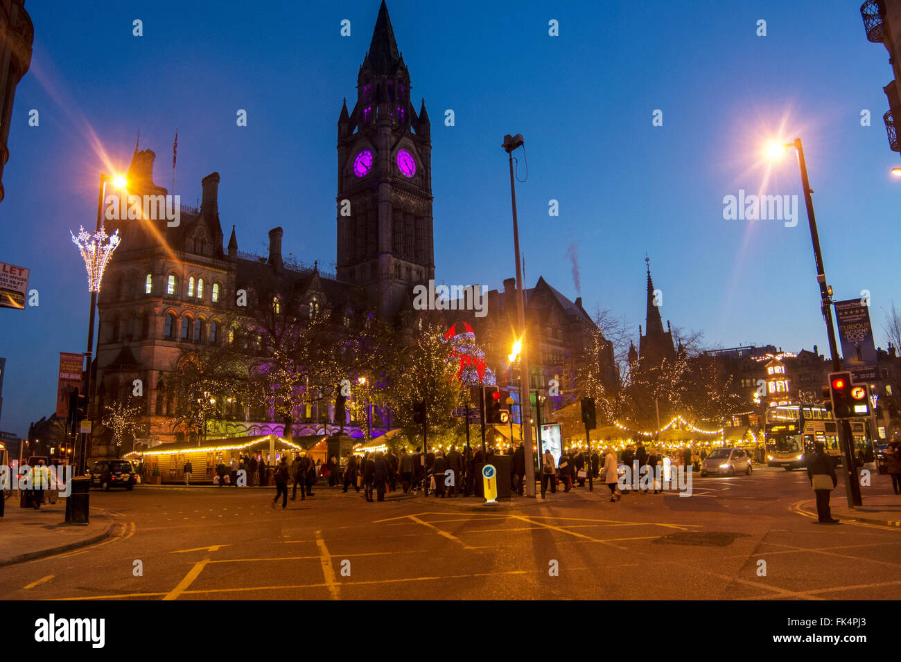 Manchester Christmas Market in front of the Town Hall in Albert Square. - Stock Image