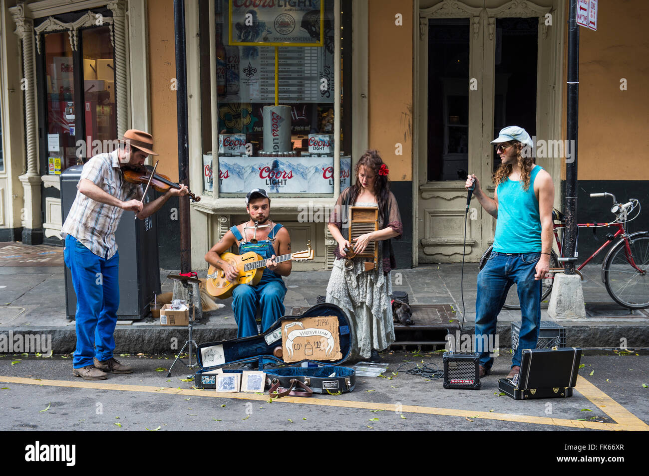 Street musicians in the French Quarter, New Orleans, Louisiana, United States of America, North America - Stock Image