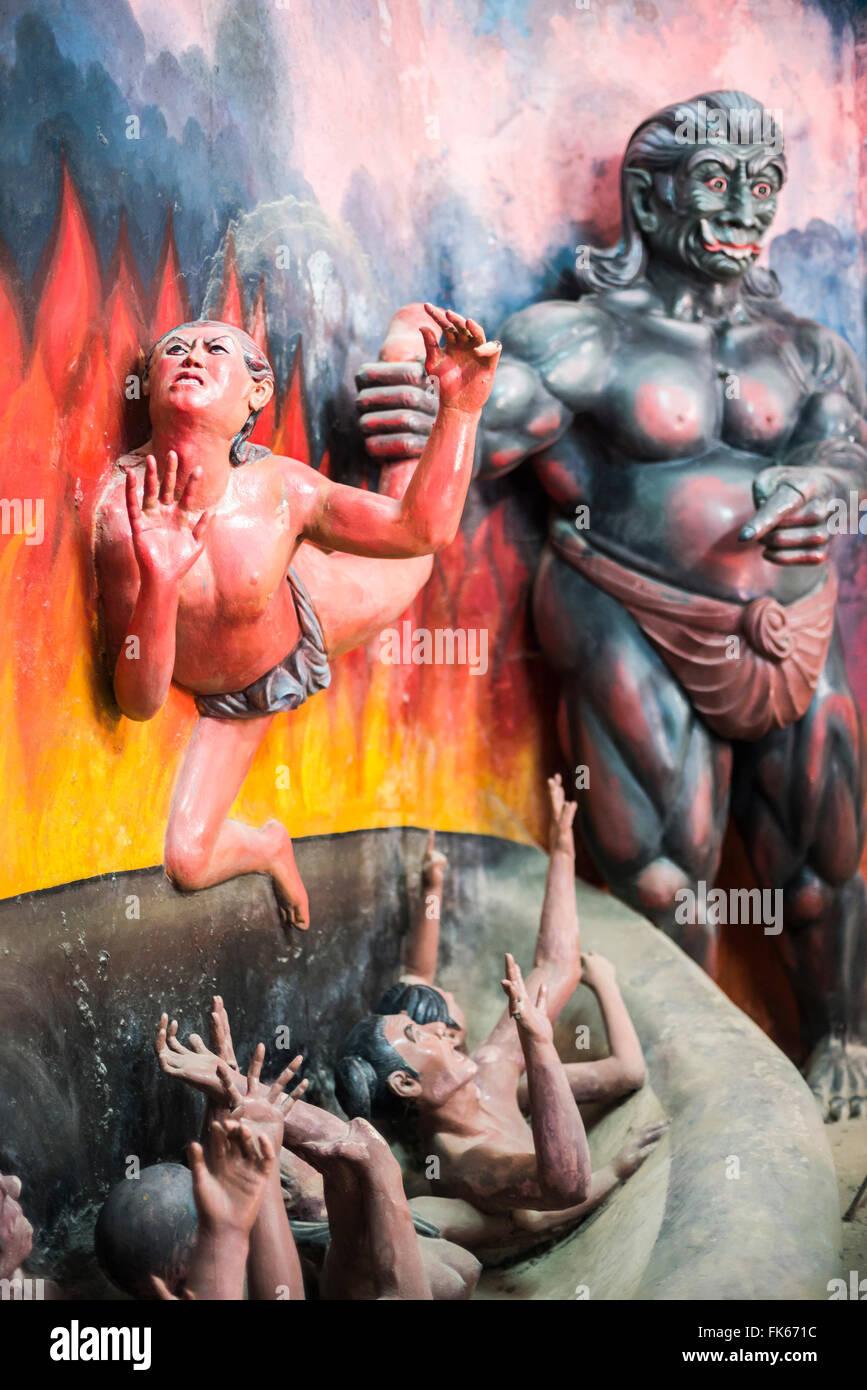 Nat and Spirit Statues at Win Sein Taw Ya 180m Reclining Buddha, Mudon, Mawlamyine, Mon State - Stock Image