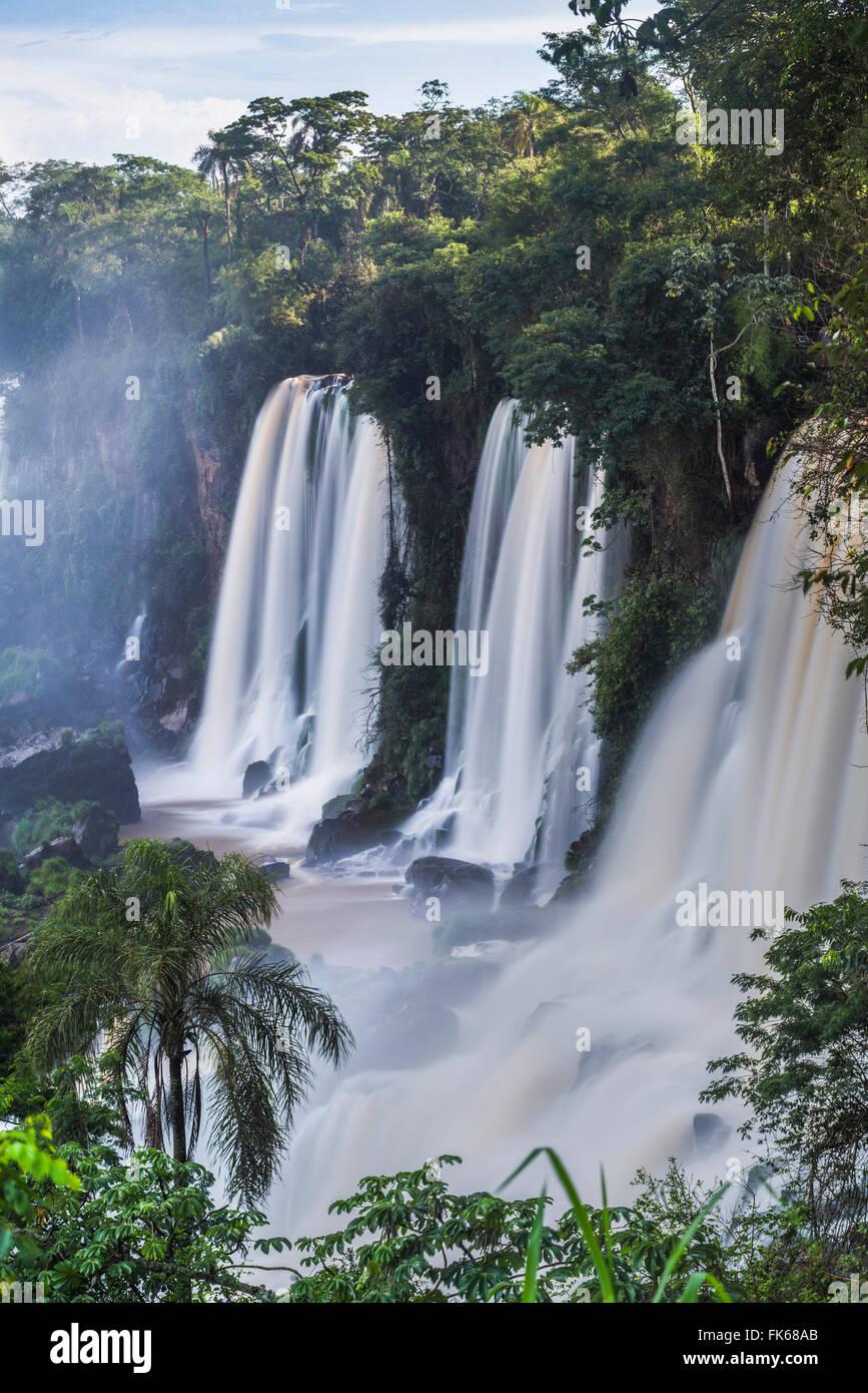Iguazu Falls (Iguassu Falls) (Cataratas del Iguazu), UNESCO World Heritage Site, Misiones Province, Argentina, South - Stock Image