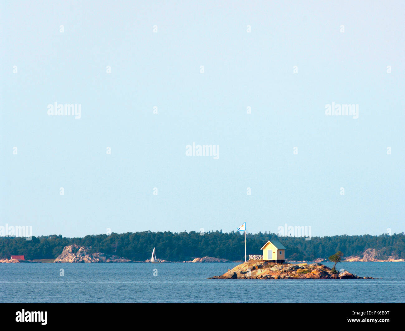 Lone hut on a small island in the Stockholm Archipelago, Sweden, Scandinavia, Europe - Stock Image