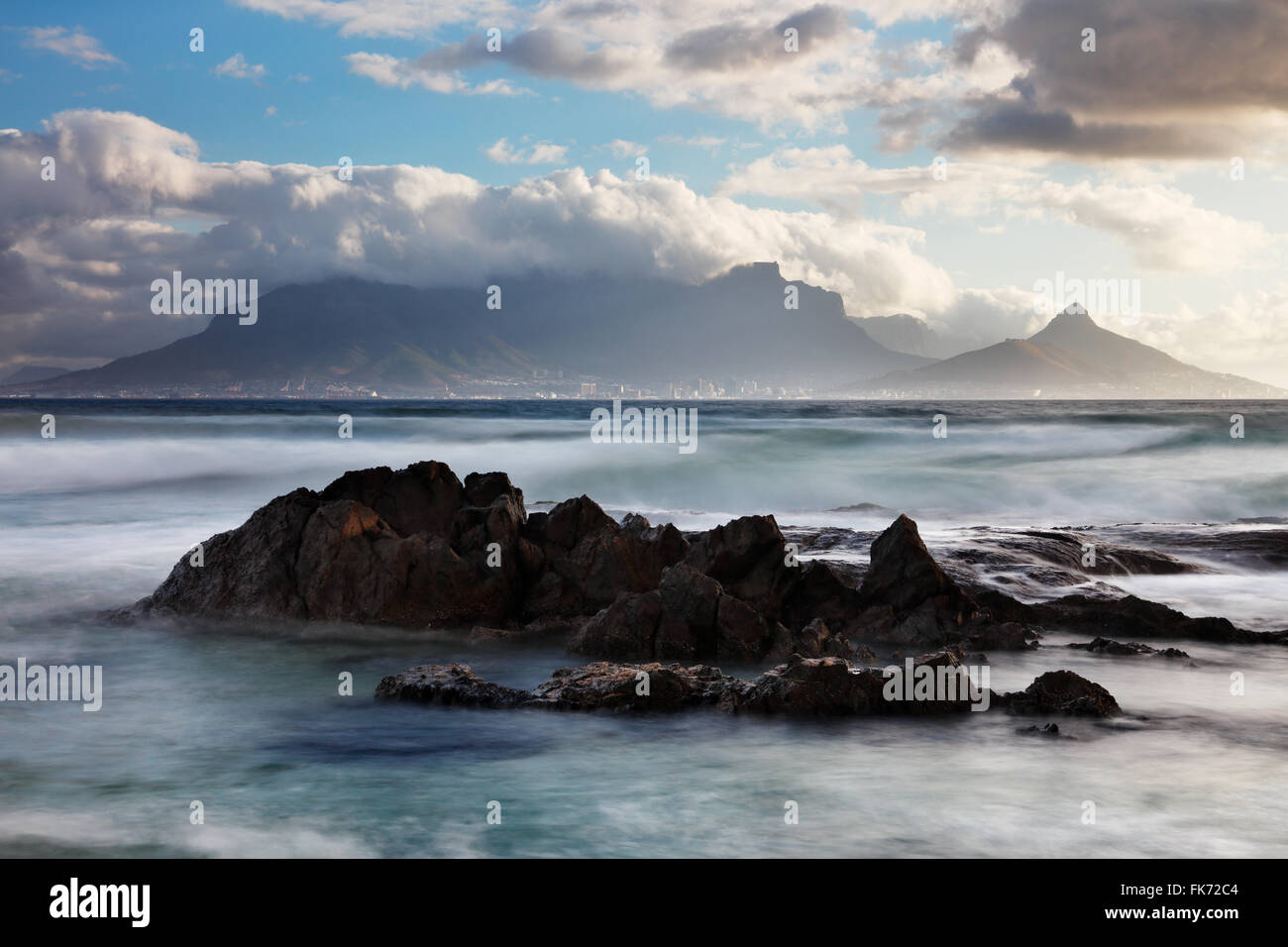Table Mountain & Cape Town from Bloubergstrand, western Cape, South Africa - Stock Image