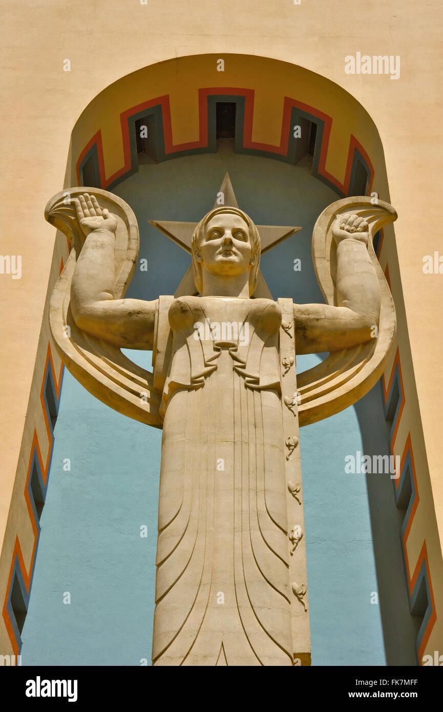 Art Deco Statues Stock Photos & Art Deco Statues Stock Images - Alamy