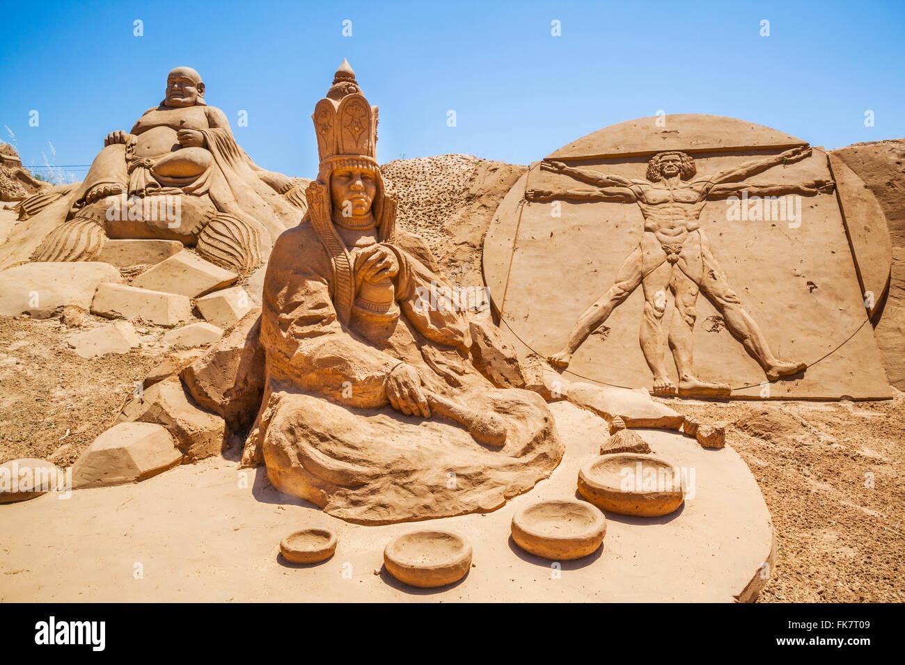 Portugal, Algarve, Faro distrikt, Pera, FIESA International Sand Festival, sand sculptures with the 2013 theme of - Stock Image