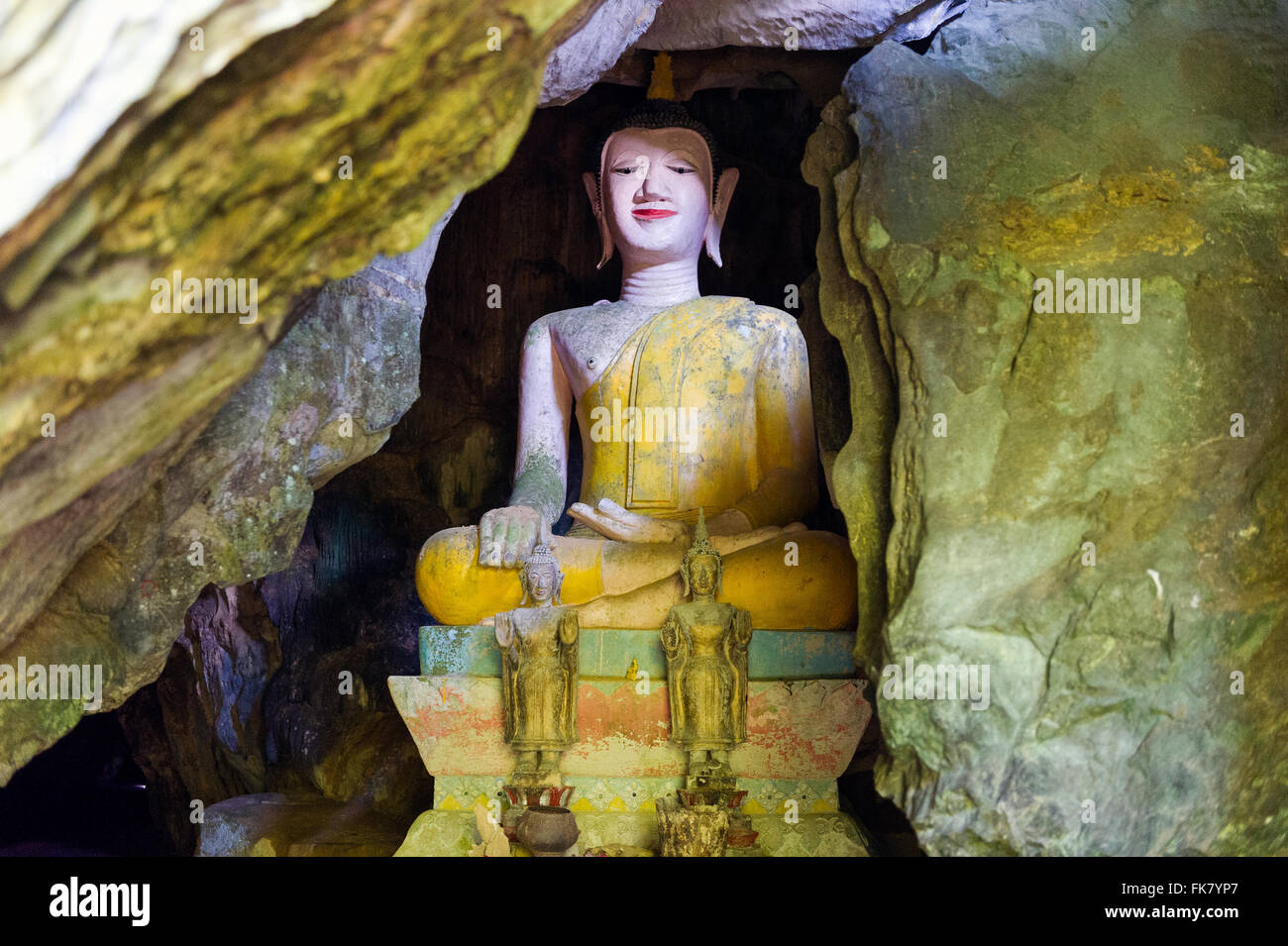 Asia. South-East Asia. Laos. Province of Vang Vieng. Buddha hidden in the Tham Sang Caves. - Stock Image