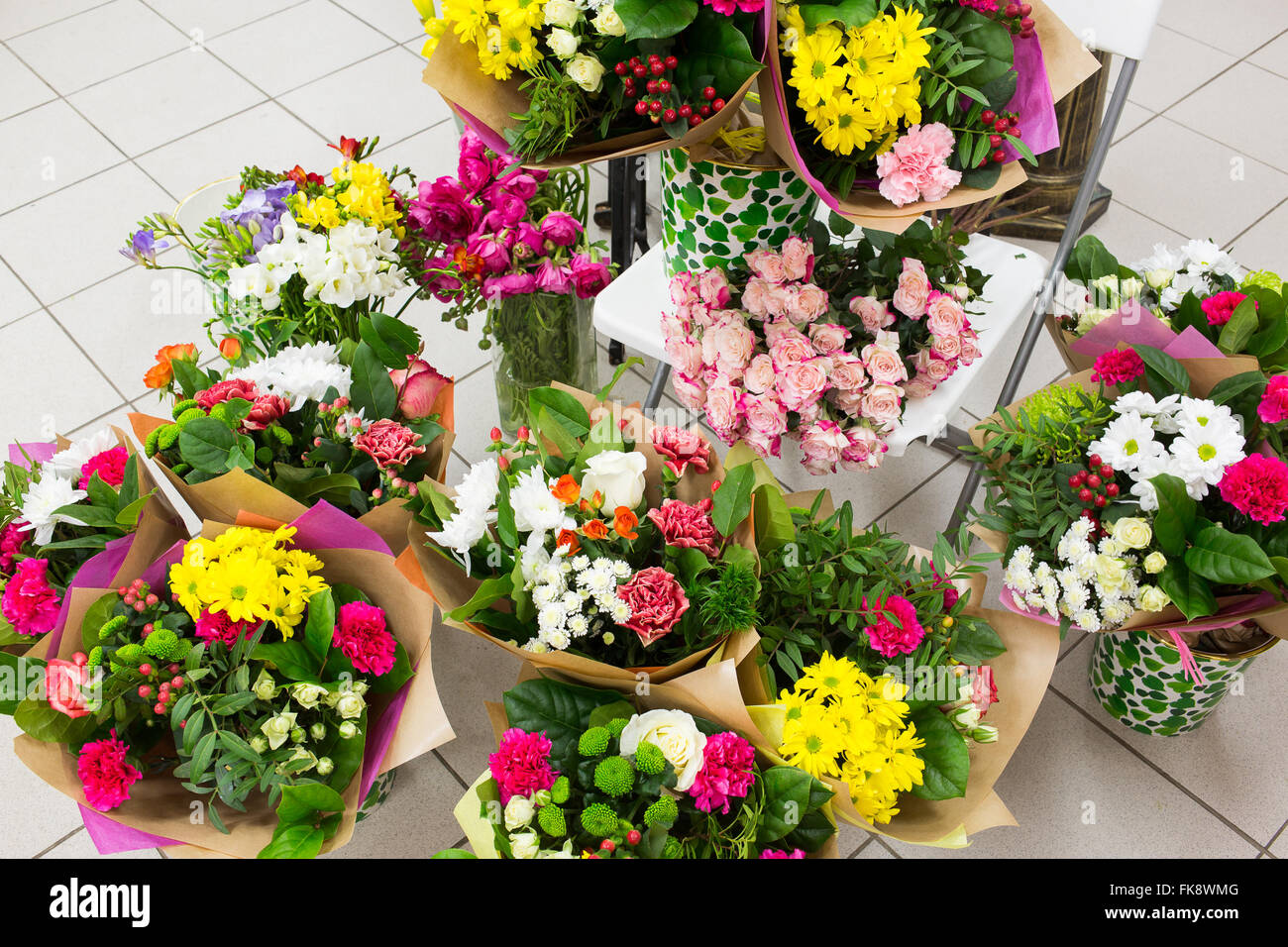 Different flowers bouquets background Stock Photo: 97926096 - Alamy
