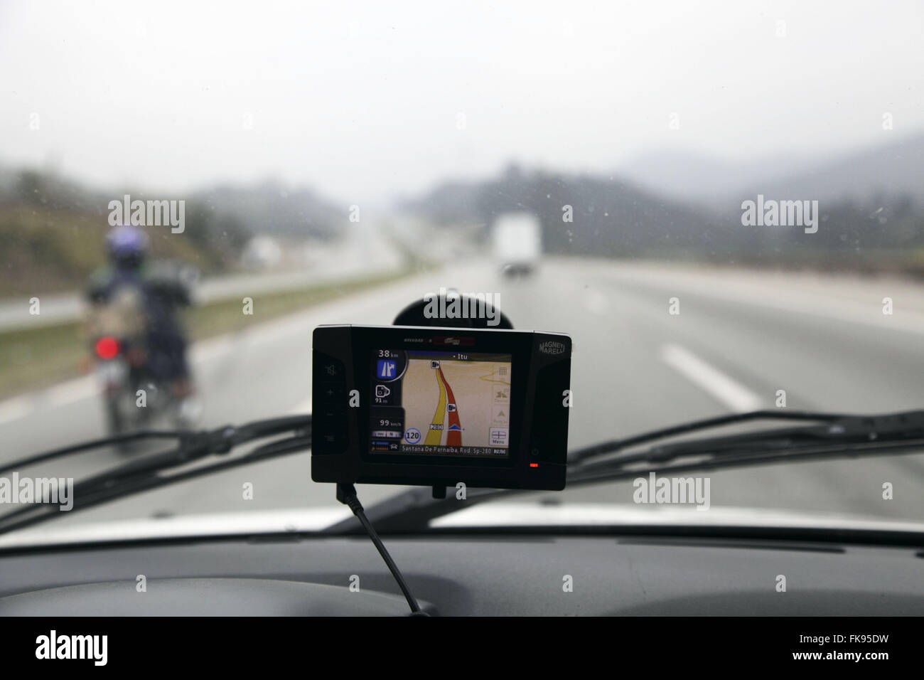 Global Positioning System - GPS car indicating way to Castelo Branco highway - Stock Image