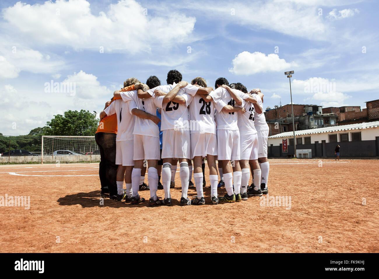 Team of soccer players in the floodplain Gremio Youth Sports Union Jardim Bonfiglioli - Stock Image